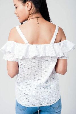 Weißes schulterfreies Top mit Rüschen und Löcherdetails aus Baumwolle von Q2 - Rückenansicht