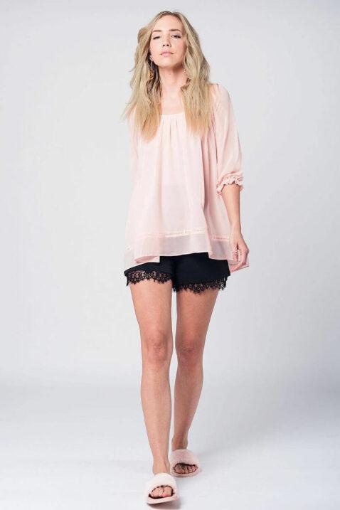 Rosa dünne Oversize Bluse mit gekreuzten Trägern am Rücken und 3/4 Ärmel von Q2 - Ganzkörperansicht