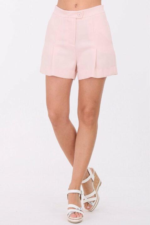 Rosa kurze Damen-Bundfalten-Shorts mit Taschen von Callisto - Vorderansicht