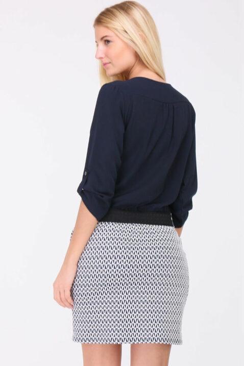 Blaues 2-in-1 Kleid aus Bluse und Rock mit 3/4-Ärmel von REVD'ELLE PARIS - Rückenansicht