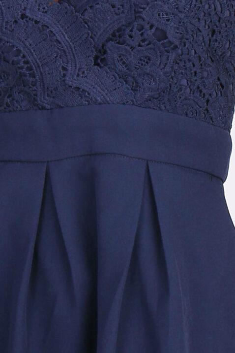 Blaues kurzes Abendkleid mit Spitze von Lily Mcbee - Detailansicht