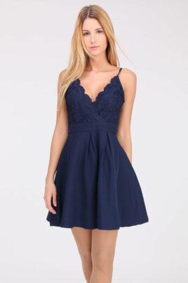 Lily Mcbee blaues kurzer Abendkleid mit Spitze – Vorderansicht