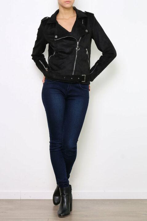 Schwarze Damen Jacke im Wildlederlook - Bikerjacke & Kunstlederjacke von Ella Kingsley - Ganzkörperansicht