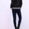 Schwarze Damen Fellimitatjacke mit großem Kragen - Kunstlederjacke von Ella Kingsley - Rückenansicht