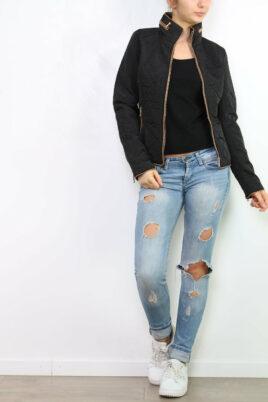 Joy Mod schwarze Damen Steppjacke mit herausnehmbarer Kapuze – Übergangsjacke – Ganzkörperansicht