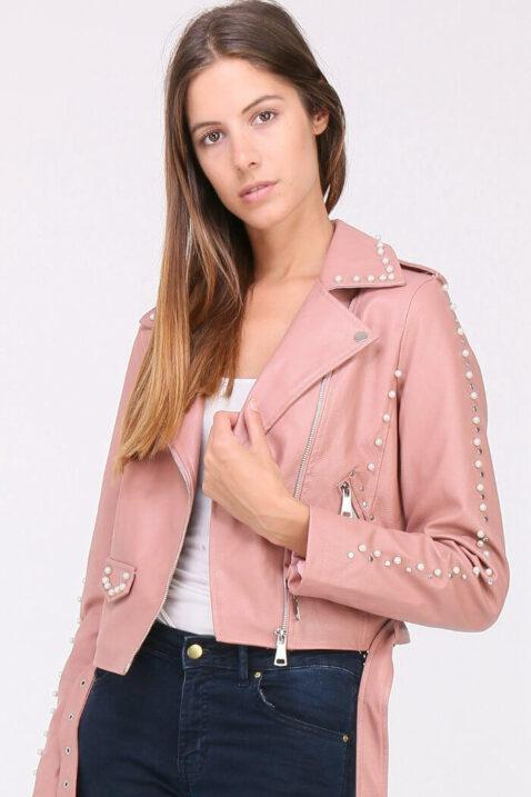 Rosa Damen Jacke Lederimitat mit Nieten & Perlen - kurz & gefüttert von J&W Paris - Vorderansicht