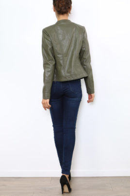 Khaki Damen Jacke im authentischen Leder-Look - Kunstlederjacke von Laura JO - Rückenansicht