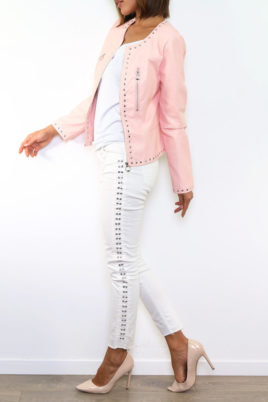 Rosa Damen Kunstlederjacke mit Nieten-Applikationen - Lederimitat von Laura JO - Seitenansicht