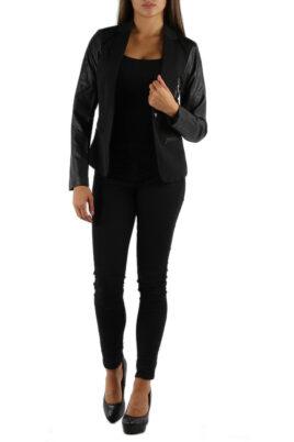 M&G Monogram schwarze Damen Blazerjacke mit Ärmel in Leder-Optik – Ganzkörperansicht