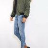 Khaki grüne Damen Bomberjacke mit abnehmbarer Kapuze aus Kunstfell von Bella Collection - Seitenansicht