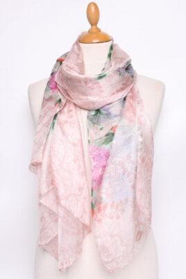 By Oceane rosa Damen Seidenschal in floraler Optik – Blumen & Blätter Seidentuch – Ganzansicht