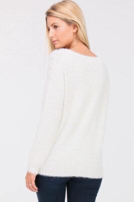 Weißer Damen Strickpullover mit Perlen, Strass, Löcherdetails, Glitzereffekt, Fransenoptik von ELENZA BY L&L - Rückenansicht