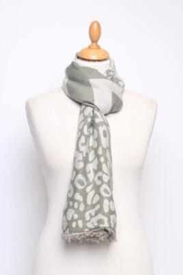 Fanli khaki grau grüner Damen Schal mit Mustern & Fransen aus Viskose – Ganzansicht