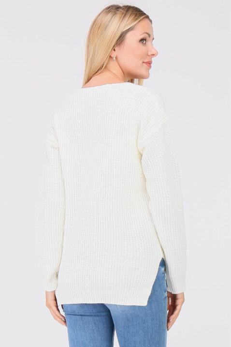 Weißer Damen Pullover Strickpullover mit Strasssteinapplikationen - Vokuhila-Form von JUS DE POM & CO - Rückenansicht