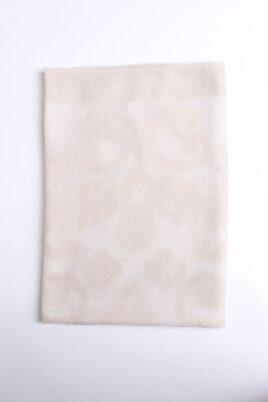 Beiger Damen Schal gemustert mit weißen Fransen - Modeschal von Lil Moon - Detailansicht