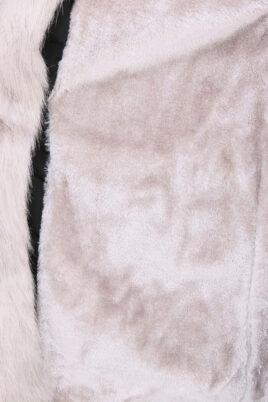 Schwarzer Damen Winterparka mit Kapuze & grauem Kunstfellbesatz - gefütterte Winterjacke von Orcelly - Detailansicht