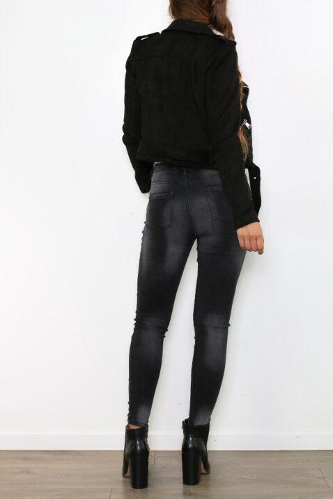 schwarze Damen Jacke im Biker-Stil - kurze Lederimitat Bikerjacke mit Gürtel von Osley Paris - Rückenansicht