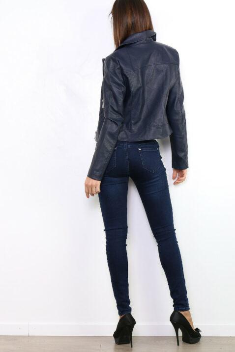 Marineblaue Damen Kunstlederjacke im Biker-Look - kurze Lederimitat Bikerjacke von Osley Paris - Rückenansicht
