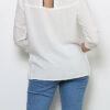 Weiße Damen Bluse mit 3/4-Arm - Casual & Business Viskosebluse mit Dreiviertel Ärmel von Paj Concept - Rückenansicht
