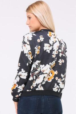 Leichte schwarze Damen Blousonjacke mit Blumenmustern - Bomberjacke & Blouson floral von QUEEN´S - Rückenansicht