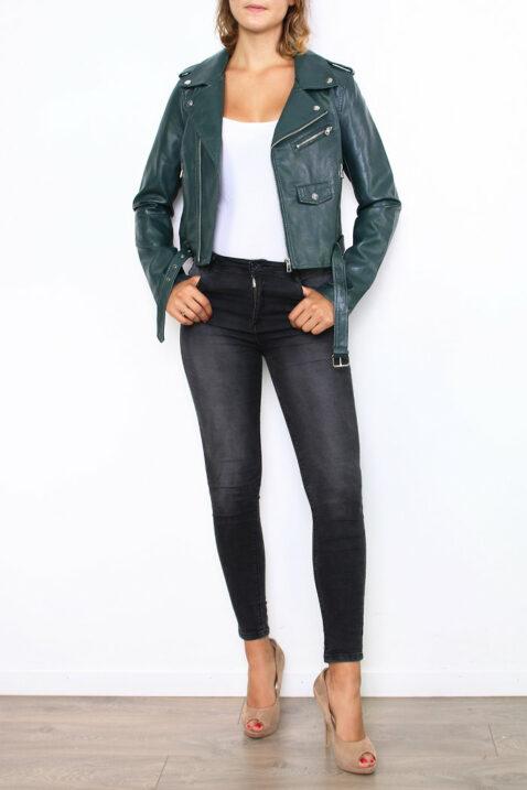 Grüne khaki Damen Bikerjacke in Leder-Optik - Kunstlederjacke von Softy by Ever Boom - Ganzkörperansicht