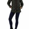 Khaki grüne warme Damen Winterjacke mit Kapuze & abnehmbaren Kunstfellkragen - Kapuzenjackevon Toxik3 - Ganzkörperansicht