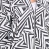 Schwarz weiß gemusterte Damen Blousonjacke - Bomberjacke mit Bündchen von Vanilla - Detailansicht