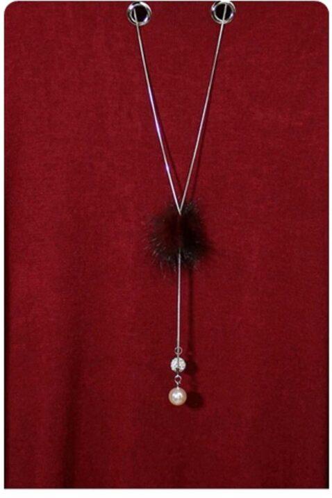 Bordeaux roter leichter Damen Pullover mit Kettendetail, Ösen & seitliche Schlitze von Kilky - Detailansicht