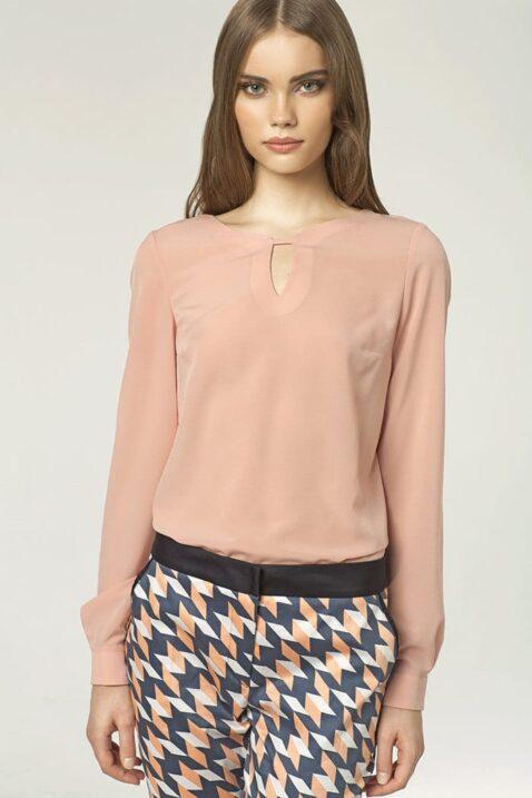 Rosa pinke Damen Bluse mit Ausschnitt-Detail - Langarmbluse von Nife - Vorderansicht