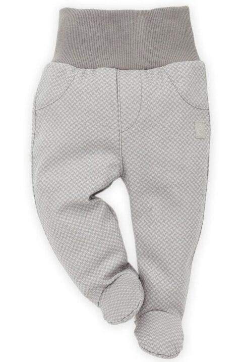 Graue Baby Jungen Strampelhose mit Fuß gemustert Schlafhose von Pinokio - Vorderansicht