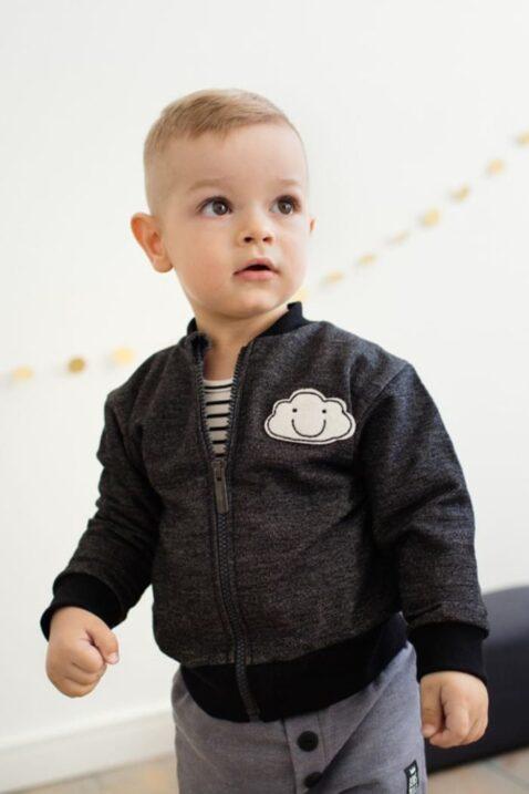 Graue Baby Jungen Sweatjacke mit Wolke, Reißverschluss & Rippbündchen - Babyjacke & Baumwolljacke von Pinokio - Kinderphoto