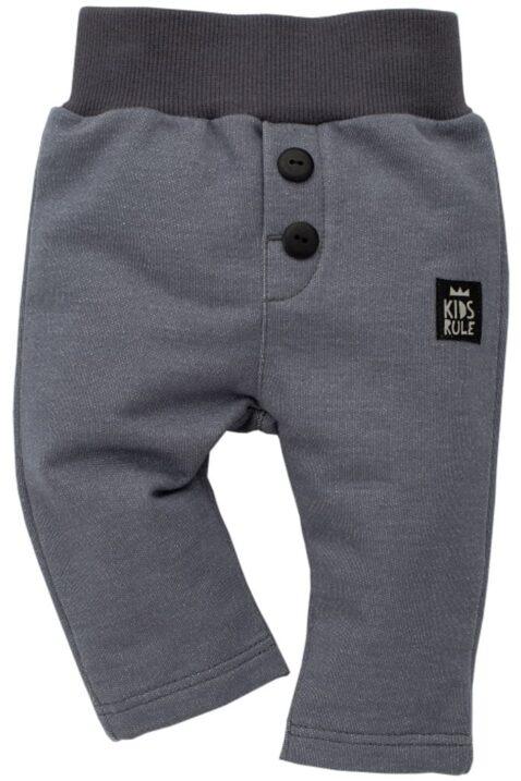 Dunkel graue Baby Jungen Jogginghose & Schlupfhose - Babyhose mit Patch & Knöpfe von Pinokio - Vorderansicht