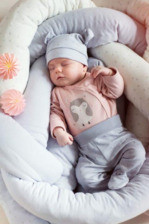 Graue Baby Mädchen Strampelhose mit Füßchen & Sterne Motiv - Schlafhose & Babyhose von Pinokio - Babyphoto