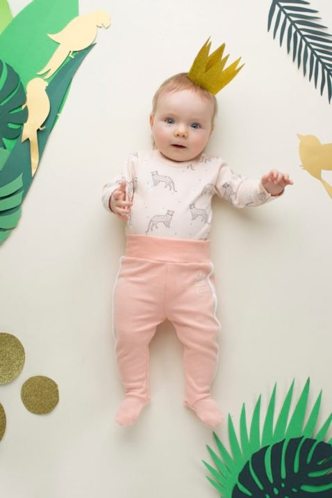Rosa Baby Body mit Leopard & Panther Motiven - Mädchen Langarmbody Tierbody Babybody von Pinokio - Babyphoto