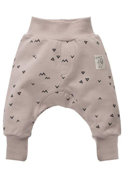 Beige Baby Pumphose Sweatpants mit Dreiecke, Zacken & Krokodil Patch für Jungen & Mädchen - Haremshose & Schlupfhose mit Komfortbund - Babyhose unisex von Pinokio - Vorderansicht