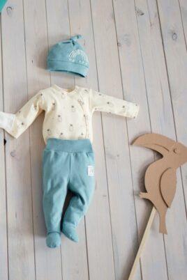 Set gelber Baby Wickelbody langarm mit Ananas Motiven, Strampelhose & Mütze in türkis grün für Jungen & Mädchen von Pinokio - Inspiration Lookbook