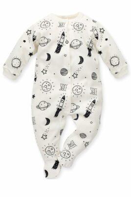 Pinokio ecru weißer Baby Schlafoverall mit Füßen & Weltall Motiven Planeten, Sterne, Mond, Raketen Jungen & Mädchen – Schlafanzug & Strampelanzug Overall einteilig – Vorderansicht
