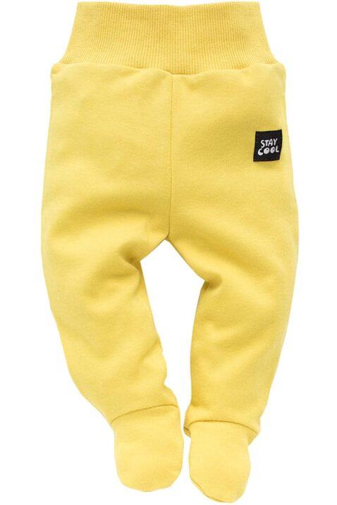 Gelbe Baby Strampelhose mit Füßen & Stay Cool Patch für Jungen & Mädchen - Senfgelbe Baumwoll Schlafhose, Babyhose, Stramplerhose & Schlafstrampler unisex von Pinokio - Vorderansicht