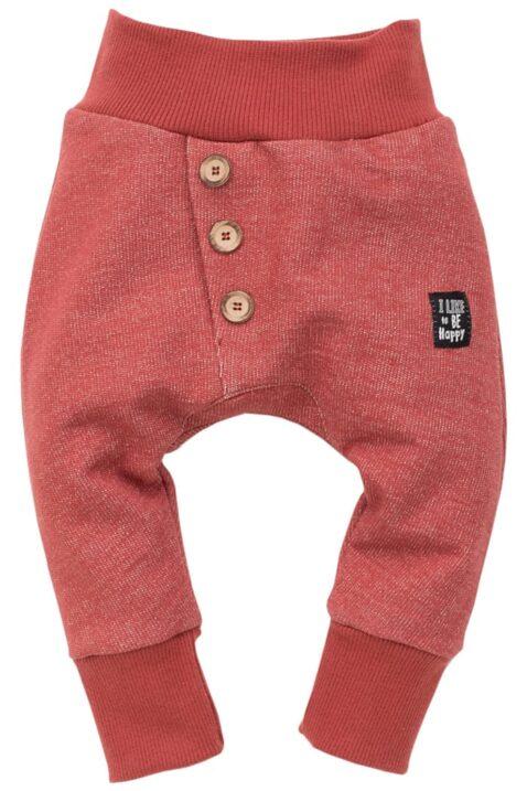 Rote Baby Pumphose Sweatpants Haremshose strukturiert mit Patch Be Happy & Knöpfe asymmetrisch für Jungen & Mädchen - Bordeauxrote Babyhose Joggingshose Schlupfhose unisex von Pinokio - Vorderansicht
