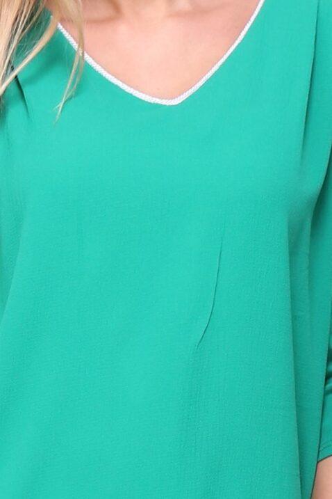 Grüne Damenbluse Schlupfbluse mit 3/4 Ärmel, Riegel mit Knopf Krempelärmel & V-Ausschnitt - Schöne elegante Sommerbluse regular fit casual mit weißen silbernen Verzierungen Zierkragen Sommerfarbe unifarben von REVD'ELLE PARIS - Detailansicht