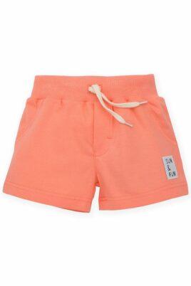 """Pinokio koralle kurze Sommer Baby Shorts Hose mit Patch """"SUN & FUN"""" & elastischer Gummizugbund mit Kordel für Jungen aus Baumwolle – Vorderansicht"""