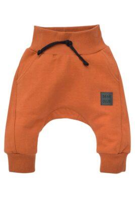 Pinokio braune Baby Pumphose Haremshose mit Taschen, Bündchen & BEAR CLUB Patch für Jungen – Rotbraune Rostbraune Basic Schlupfhose Sweathose Sweatpants Babyhose – Vorderansicht