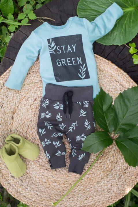 Türkis grüner Baumwolle Baby Body langarm mit STAY GREEN Print - Leggings Sweathose mit Blätter Muster in Braun von Pinokio - Inspiration Lookbook