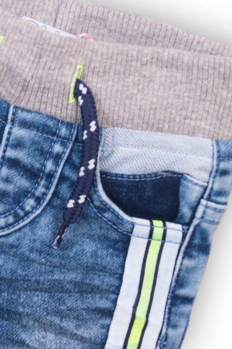 Blaue denim Babyjeans mit Taschen, Streifen & Gesäßtaschen für Jungen - Kinder-Jeans Babyhose washed von Dirkje - Detailansicht
