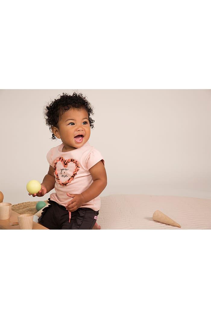 Babyshirt Sommershirt Oberteil mit Rundhalsausschnitt & Druckknöpfen - Mädchen T-Shirt mit Puffärmeln aus Baumwolle - rosa - Babyphoto