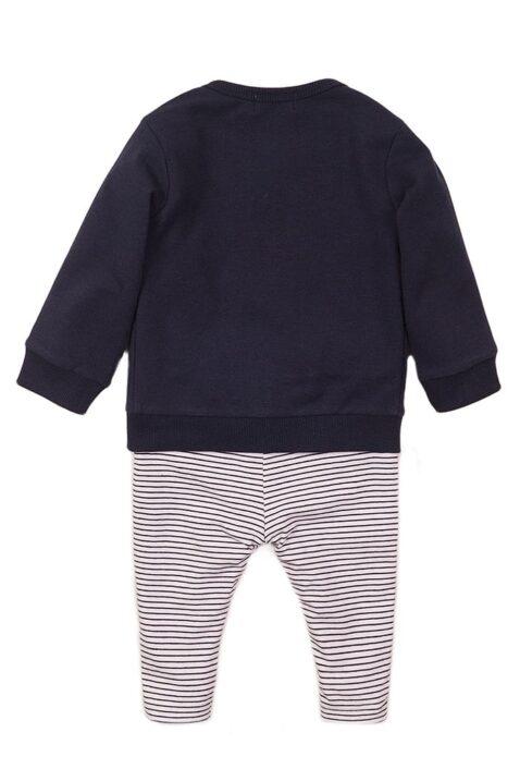 Baby Jogginganzug 3er-Set mit Jacke im College Style dunkelblau mit Reißverschluss - Rundhalsshirt kurzarm in weiss mit Hunde-Print - gestreifte Sweathose mit Zierkordel - Baby Sweatanzug 3er Set für Jungen von Dirkje - Rückansicht