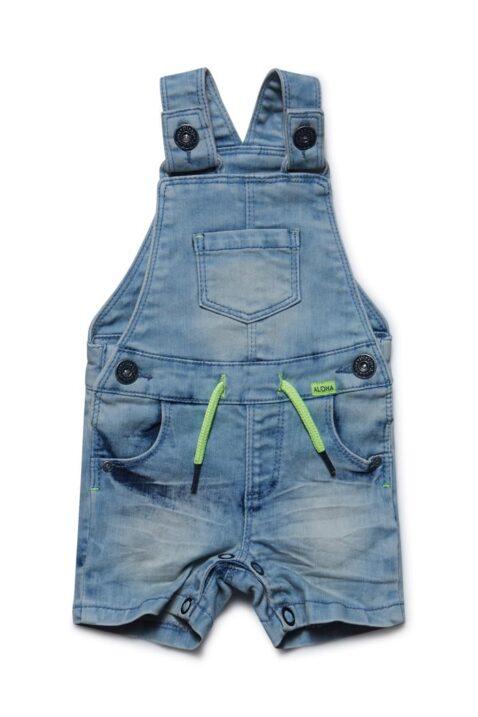 Baby Jeans-Latzshorts aus Baumwolle mit Druckknöpfen im Schritt - Latzjeans kurz für Jungen mit grüner Kordel - Latzshorts von Dirkje - Vorderansicht