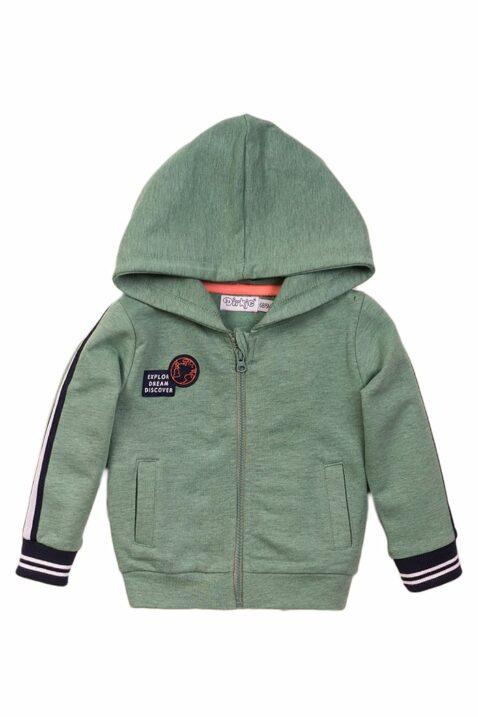 Baby Kinder Sweatjacke mit Kapuze + Taschen - Babyjacke mit Streifen + Patch - Kapuzenjacke für Jungen in grün von Dirkje - Vorderansicht