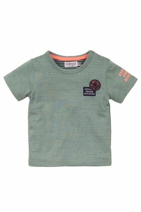 Babyshirt Kinder Kurzarmshirt mit Rundhalsausschnitt + Druckknöpfen an der Schulter - T-Shirt aus weicher Baumwolle in Streifen-Optik - Kindershirt für Jungen in grün von Dirkje - Vorderansicht