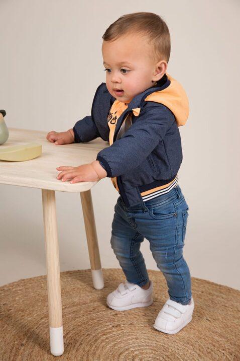 Baby Sommerjacke mit Kapuze + Taschen mehrfarbig für Jungen - Kinder Jeanshose blau aus Baumwolle - Babyphoto
